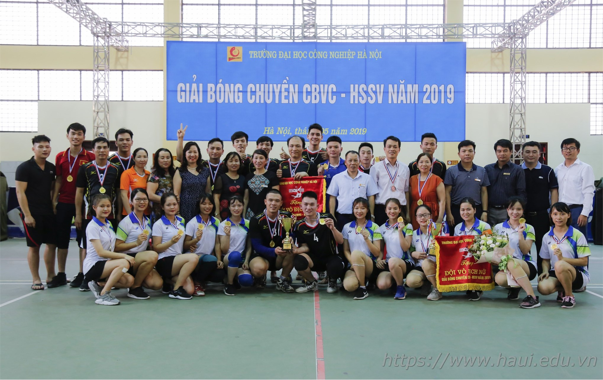 Chung kết và trao giải Bóng chuyền CBVC-HSSV năm học 2018-2019