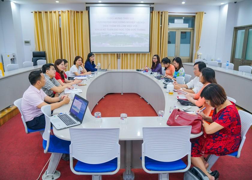 Hoạt động trao đổi kinh nghiệm quản lý với các trường đại học phía Nam